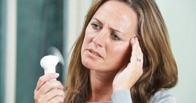 pierwsze objawy menopauzy